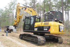 CAT324D with HCT Tubing